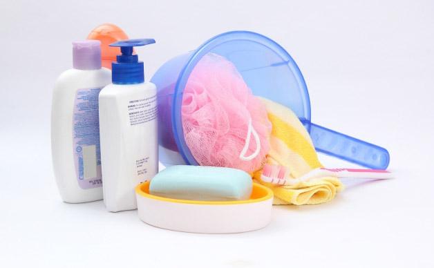 シャンプーや石鹸入れ等の小物類